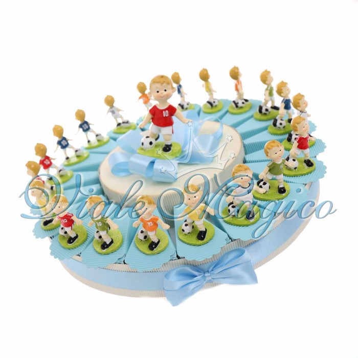 Torta Bomboniere Calcio Compleanno Bimbo con Statuine Calciatore Mix Color