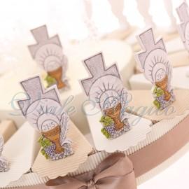 Bomboniere Comunione Torta Alzatina con Statuina Croce Calice Comunione