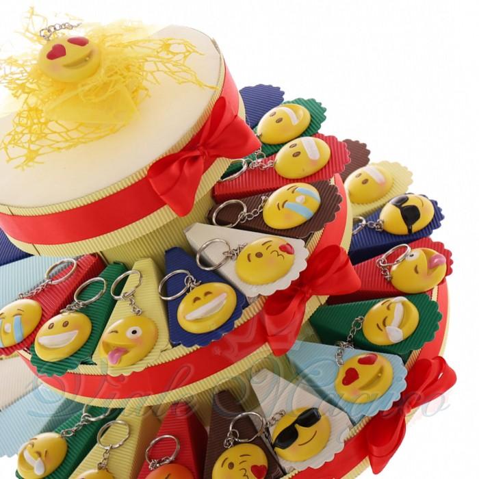 Torta Bomboniera Compleanno Ragazzi Confetti con Portachiavi Smile 10 Modelli