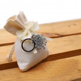 Bomboniera Matrimonio Portachiave Albero della Vita Cuori Acciaio su Sacchetto Confettata