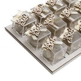 Bomboniere Matrimonio Vassoio da 12 Plexiglass Panna con Applicazione Mr&Mrs in Legno Confetti