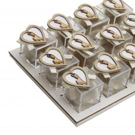 Vassoio Plexiglass Panna con Applicazione Legno Cuore Sposi Confetti