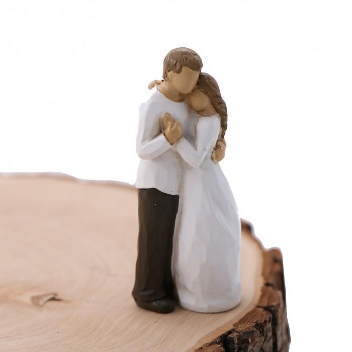 Abbraccio Romantico tra Innamorati Moderni Bomboniera Fai da Te Statuina