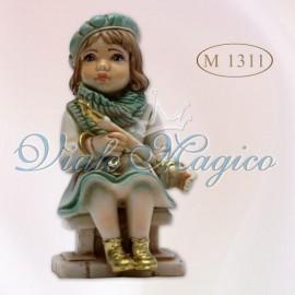 Bomboniera Bimba su Muretto con strumento in Porcellana di Capodimonte