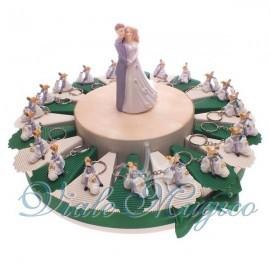 Bomboniera Torta di confetti da 20 pezzi con Portachiavi Sposi Vespa Matrimonio