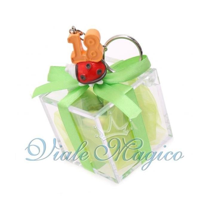 Bomboniere Compleanno Plexiglass Verde con Portachiave Coccinella 18 Anni