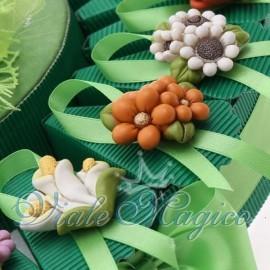 Bomboniere Compleanno Matrimonio Torta Portaconfetti con Magnete Fiori Colorati