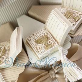Torta Portaconfetti Libro con Nappina Calice Comunione