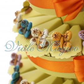Torta Multipiano con Statuina Farfalle Colorate