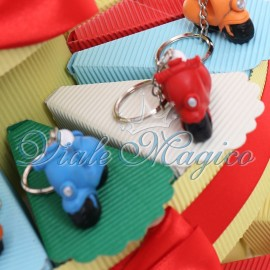 Bomboniere in Offerta Torta Confetti Portachiave Vespa 18° Compleanno Ragazzo