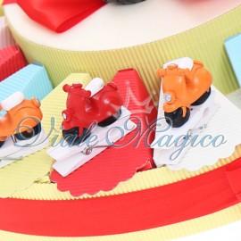 Bomboniere Torta Confetti con Mollettina Vespa 18° Compleanno Ragazzo