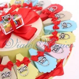 Torta Confetti con Ciondolo Gufetto Portafortuna