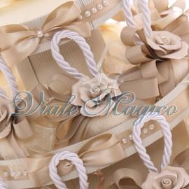 Bomboniere Matrimonio Promessa Torta 20 pz Saponi Profumati Beige con Elegante Fiore